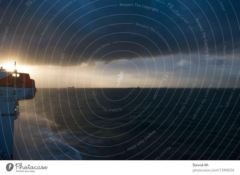 sunrise on board Mensch Ferien & Urlaub & Reisen Sonne Meer Ferne Leben Wasserfahrzeug Regen Tourismus Wellen Wind Ausflug Schönes Wetter Abenteuer Unwetter