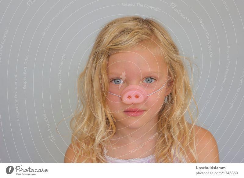 Fasching Mensch Kind schön Freude Mädchen Gesicht Leben Gefühle Glück grau Feste & Feiern Haare & Frisuren Gesundheitswesen Party Freizeit & Hobby gold