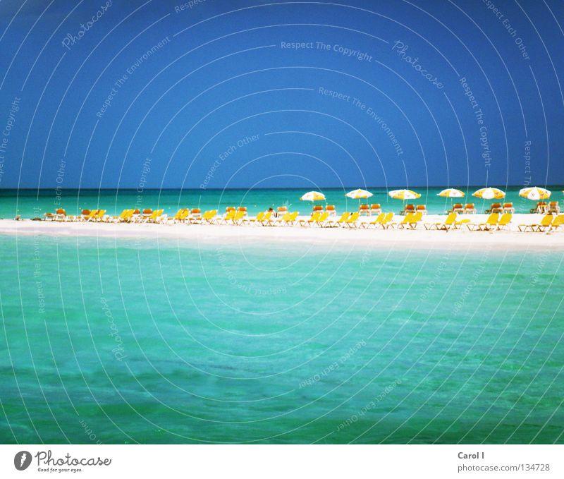 Will wieder hin!!! wellig Wellen grün Strand Einsamkeit Liegestuhl Badeort Ferien & Urlaub & Reisen heiß Erholung Sonnenbad genießen Sandstrand Wasserfahrzeug
