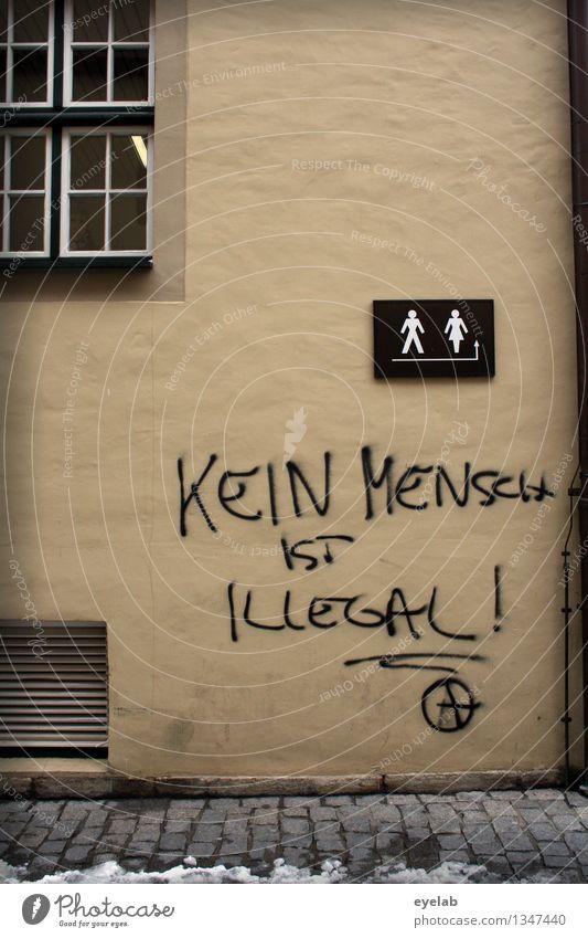 Kein Mensch ist illegal Medien Stadtzentrum Altstadt Menschenleer Haus Gebäude Mauer Wand Fassade Fenster Stein Glas Zeichen Schriftzeichen Ornament