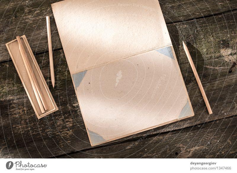 Vintage Bleistift und Zeichenpapier alt weiß Kunst Schule braun Design offen Tisch Kreativität Buch Idee retro Papier schreiben zeichnen Schreibtisch