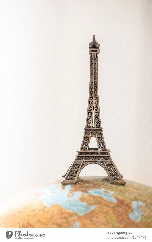 Eiffelturm auf Globus Ferien & Urlaub & Reisen Tourismus Sommer Erde Stadt Denkmal klein neu Turm Paris Planet Entwurf weltweit Frankreich groß Miniatur