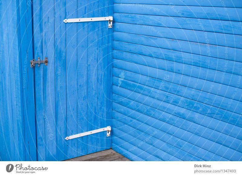 Blaue Ecke Ferien & Urlaub & Reisen Hütte Bauwerk Gebäude Architektur Mauer Wand Fassade Terrasse Tür Holz Linie blau Dänemark Skandinavien nordisch Holzbrett