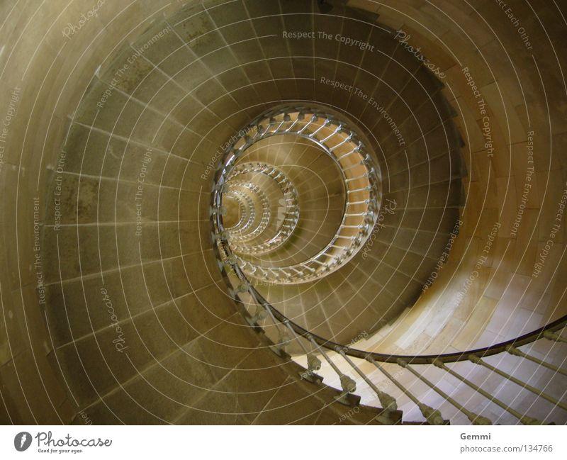 Wandelbare Wendeltreppe Stein Lampe Metall Wasserfahrzeug hoch Treppe Kreis Turm festhalten Denkmal Geländer Wahrzeichen Frankreich Leuchtturm Innenaufnahme
