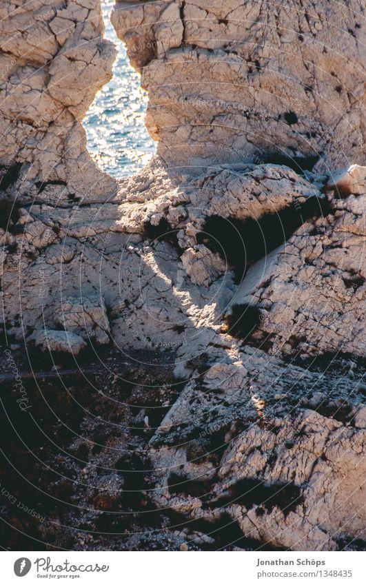 Îles de Marseille VII Umwelt Natur Landschaft Sonne Sommer Schönes Wetter Hügel Felsen Berge u. Gebirge Küste Bucht ästhetisch Südfrankreich Frankreich Süden