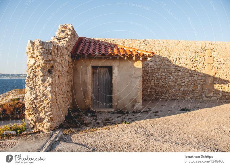 Îles de Marseille IV Natur Ferien & Urlaub & Reisen alt Landschaft Meer Haus Reisefotografie Architektur Gebäude Mauer Häusliches Leben Tür ästhetisch Insel