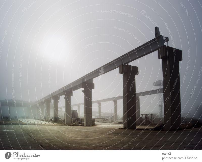 Tragbar Sonne Stimmung Arbeit & Erwerbstätigkeit Nebel Kraft Erfolg stehen Technik & Technologie groß Beton Industrie Bauwerk Fabrik Stahl Konstruktion Gerät