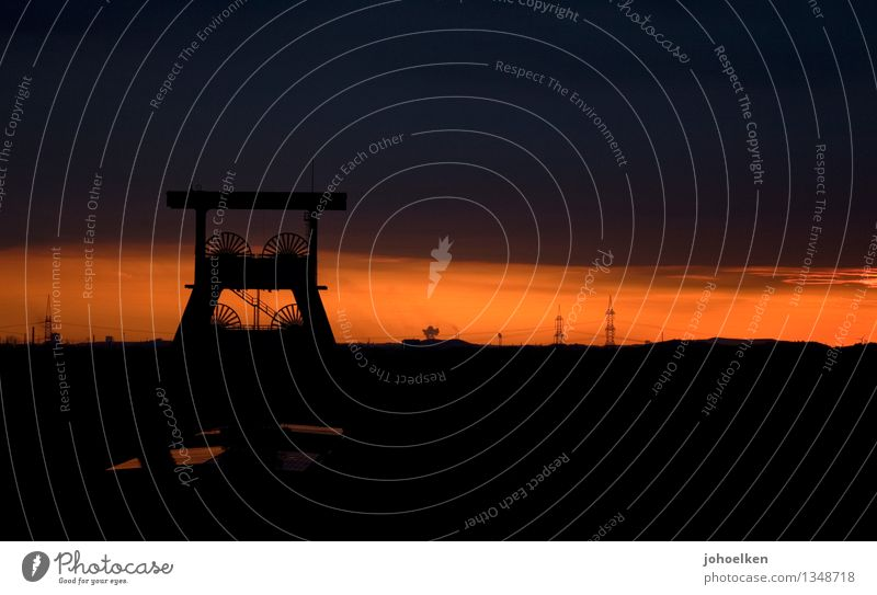 100 | Wo bitte geht's zum Lightdeck? Fabrik Industrie Dienstleistungsgewerbe Wolken Sonnenaufgang Sonnenuntergang Herten Ruhrgebiet Skyline Industrieanlage Turm