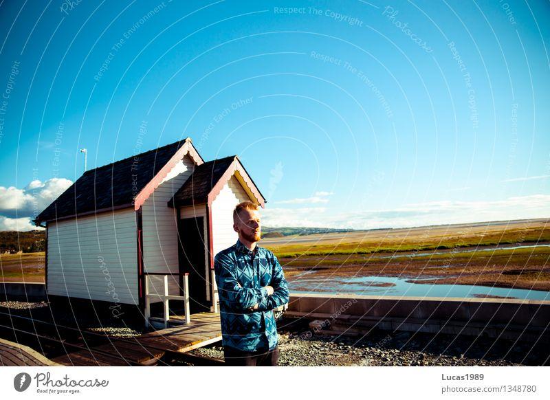 mein Haus am See Mensch maskulin Junger Mann Jugendliche Erwachsene 1 18-30 Jahre Natur Landschaft Erde Himmel Wolkenloser Himmel Sonne Schönes Wetter Wiese