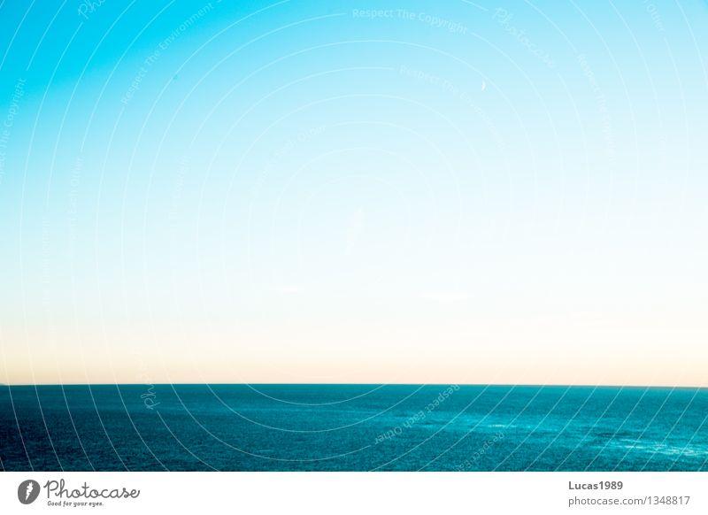 fast halbiert Himmel Natur Ferien & Urlaub & Reisen blau Wasser weiß Meer Landschaft Ferne Umwelt Küste Freiheit Luft Tourismus Wellen Insel