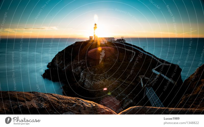 Sonnenuntergang am Meer Himmel Natur Ferien & Urlaub & Reisen schön Sommer Wasser Landschaft Haus Umwelt Wand Herbst Küste Mauer Felsen Nebel