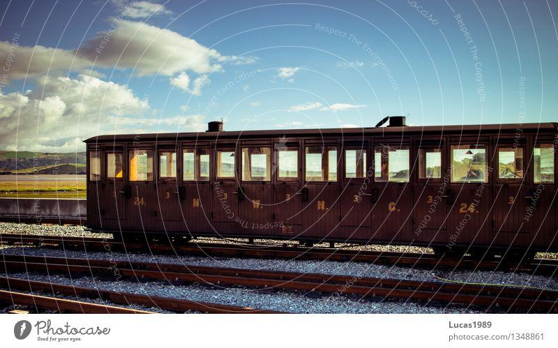 Zugwaggon Ferien & Urlaub & Reisen alt außergewöhnlich Tourismus Verkehr Eisenbahn Güterverkehr & Logistik historisch fahren Gleise Verkehrswege Museum