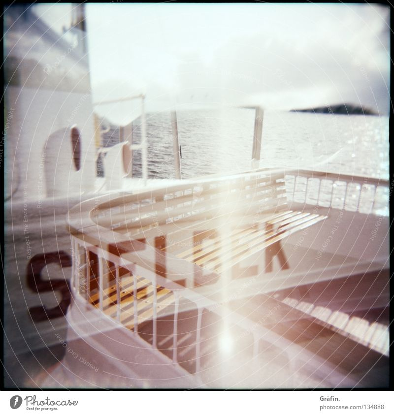 Alsterschippern Himmel Wasser Sonne Wolken Küste Wasserfahrzeug Wellen fahren Bank Hafen Geländer Steg Schönes Wetter Schifffahrt Doppelbelichtung Am Rand