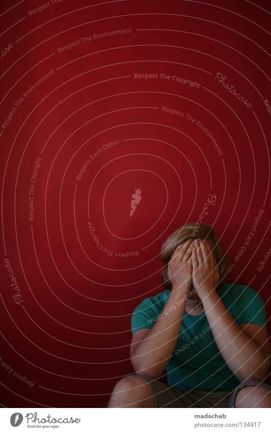 HYPERAKTIV Mensch Mann Hand rot Gesicht Religion & Glaube Traurigkeit Angst Arme sitzen Vergänglichkeit Trauer verstecken Gebet Verzweiflung Gott