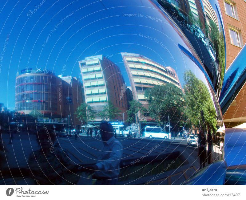 ref[lack]tiert Potsdamer Platz Bürogebäude Reflexion & Spiegelung Mensch Fototechnik Berlin PKW Verzerrung