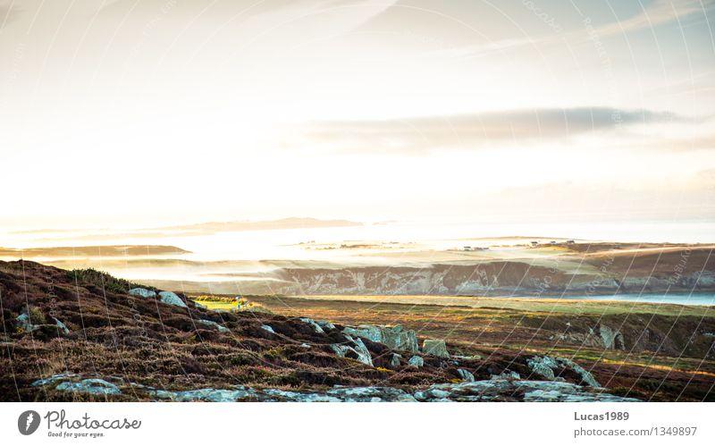Morgen Himmel Natur Ferien & Urlaub & Reisen Meer Landschaft Strand Berge u. Gebirge Umwelt Wiese natürlich Küste Freiheit hell Felsen Tourismus Nebel