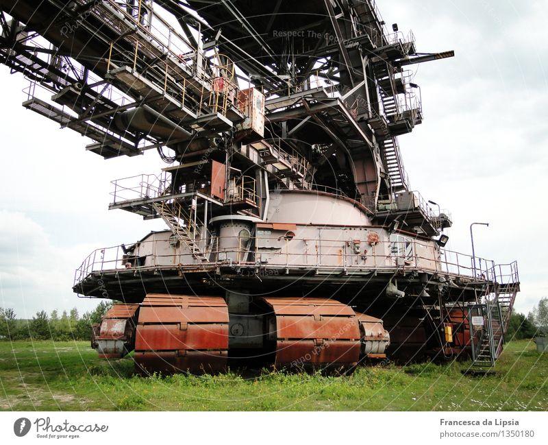 Ferropolis alt rot grau Zeit braun Metall Energie Technik & Technologie Vergänglichkeit Industrie Wandel & Veränderung Ewigkeit historisch Vergangenheit Verfall
