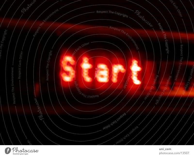 am start rot Lampe Beginn Technik & Technologie Wort Leuchtreklame Elektrisches Gerät