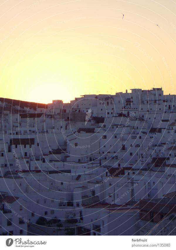 Gute Nacht A Vejèr weiß Stadt ruhig dunkel Erholung schlafen Europa Dorf Hügel Denkmal historisch Spanien Wahrzeichen harmonisch Abenddämmerung