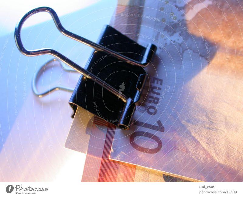 no money, no honey Geld Geldscheine 10 Kapitalwirtschaft sparen Klammer Euro Klemme