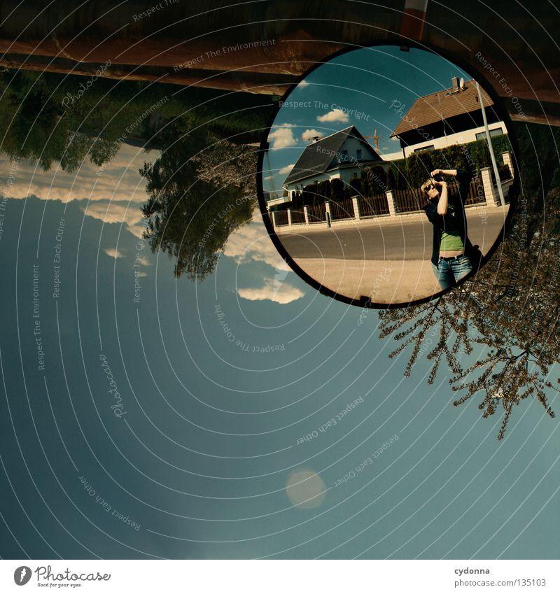 Spiegel lügen nicht Mensch Himmel Natur alt blau Stadt grün schön Baum Pflanze Freude Blatt Wolken Farbe Haus Straße