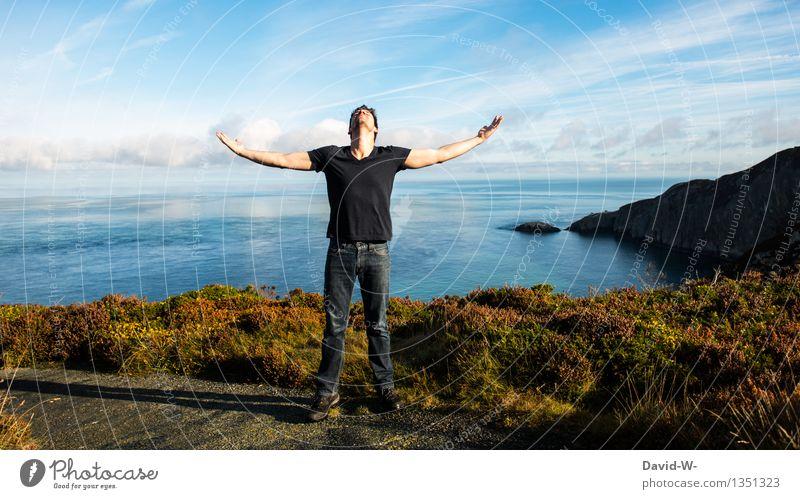 freedom Mensch Ferien & Urlaub & Reisen Jugendliche Mann Erholung Meer Junger Mann ruhig Ferne Erwachsene Leben Freiheit träumen maskulin Zufriedenheit