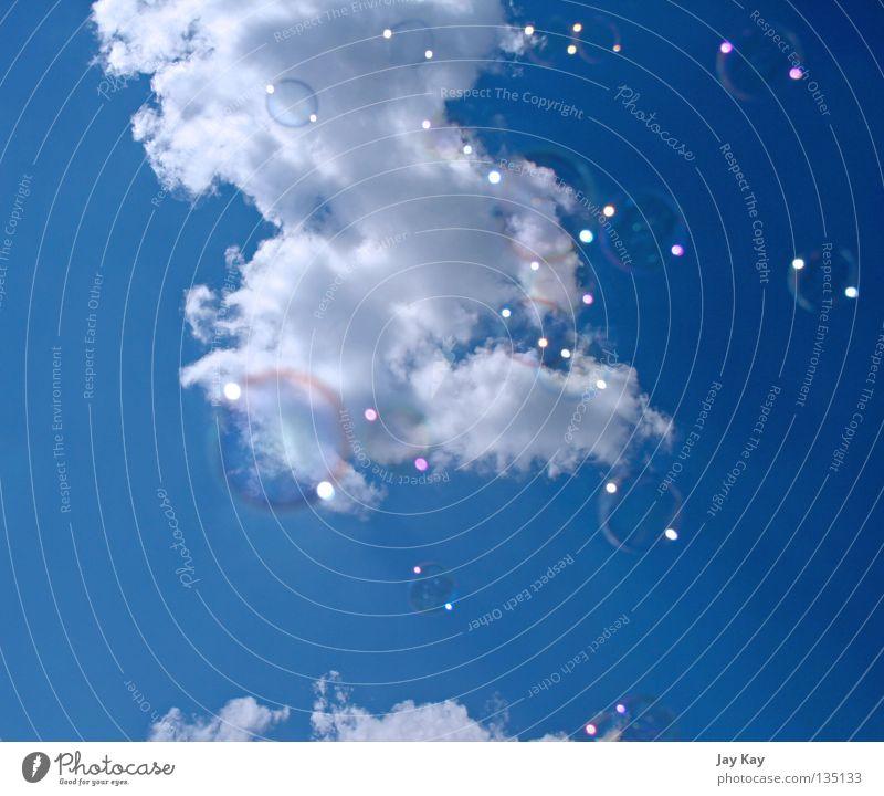 blub²³ Himmel blau ruhig Wolken Spielen Bewegung Freiheit Seifenblase UFO erhaben