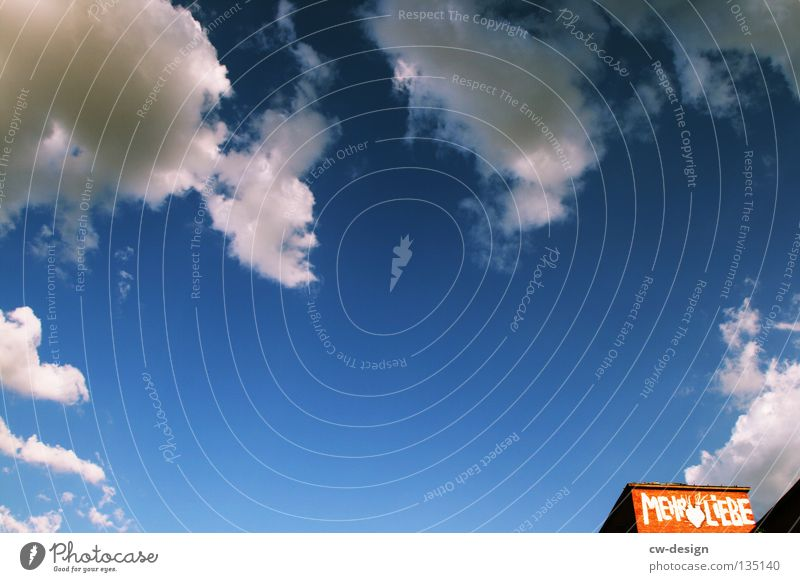 MEHR LIEBE alt Himmel weiß blau Liebe Haus Wolken Einsamkeit Graffiti Herz Kunst Hochhaus Industrie Schriftzeichen Zeichen verfallen