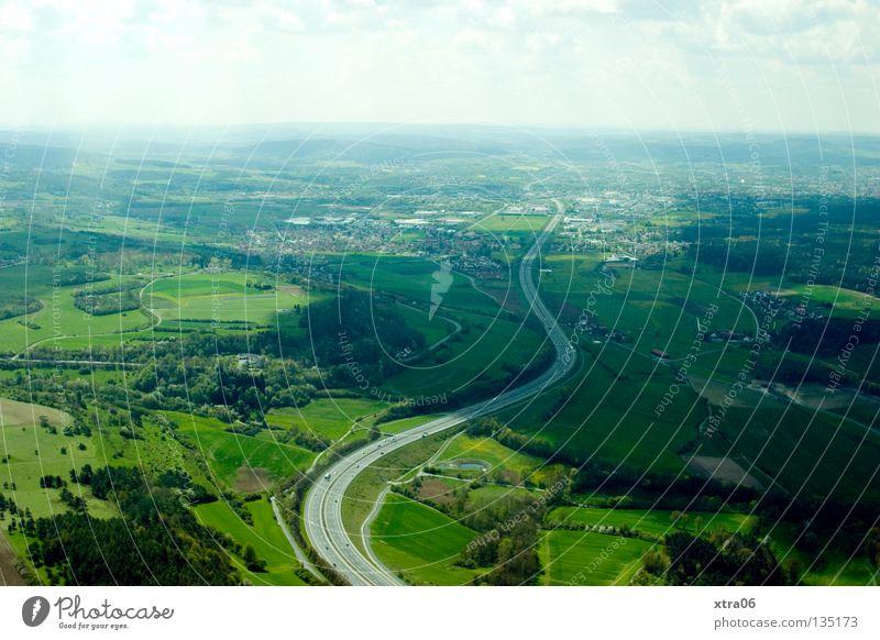 Luftaufnahme 6 - Weitblick Himmel Straße Wald Wiese Deutschland Luftaufnahme fliegen Aussicht Autobahn
