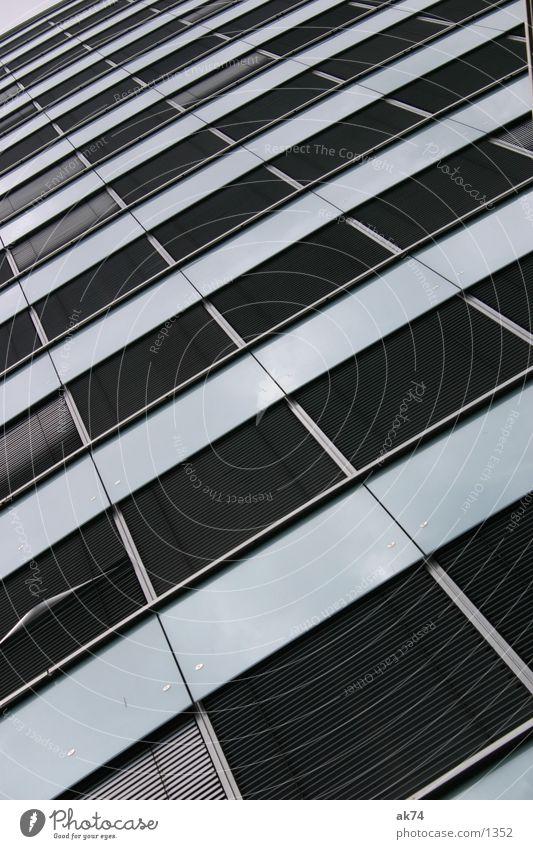 Fenster Berlin grau Architektur Hochhaus Jalousie