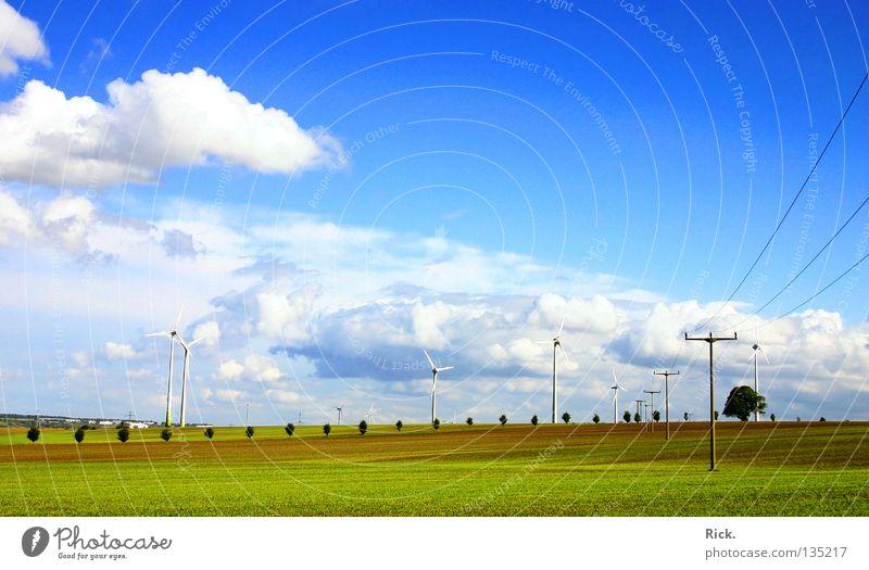 .Clean Power 4 grün Windkraftanlage weiß Technik & Technologie Natur Wolken Himmel Elektrizität Energiewirtschaft blau Kabel Strommast Farbe Perspektive
