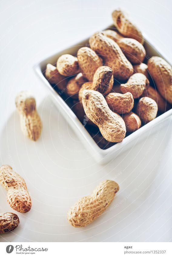 Erdnüsse in einer Schale Bioprodukte Fingerfood Schalen & Schüsseln Essen abstract agriculture animal autumn Hintergrundbild black brown close dark diet dried