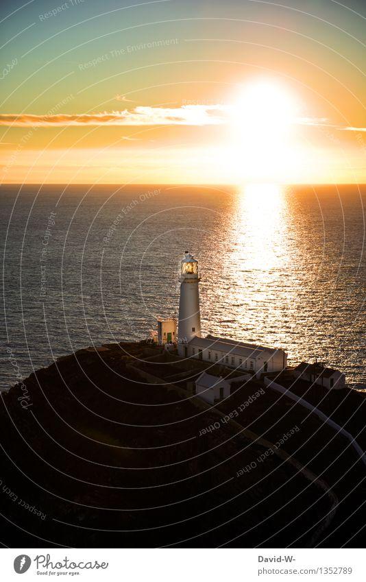 Die Sonne geht unter Umwelt Natur Landschaft Urelemente Wasser Erde Himmel Wolken Horizont Sonnenaufgang Sonnenuntergang Sonnenlicht Sommer Herbst Klima Wetter