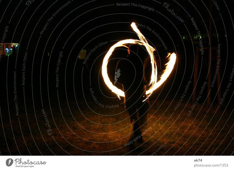 Leuchtzeichen Nacht Licht Freizeit & Hobby Brand Flamme Kreis