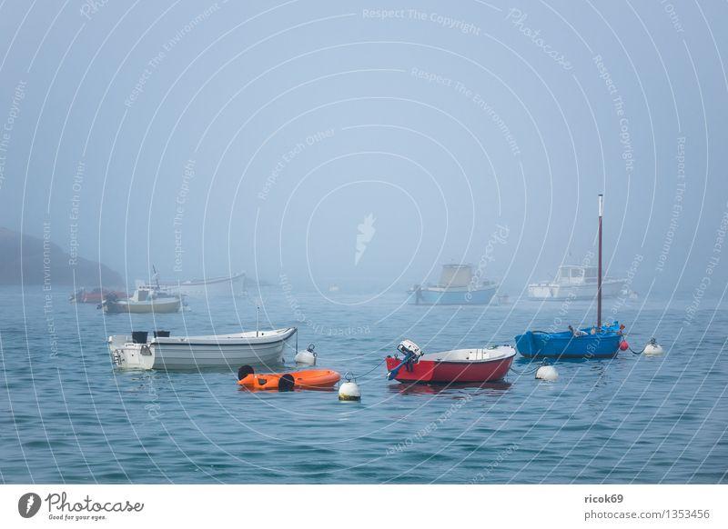 Hafen in der Bretagne Erholung Ferien & Urlaub & Reisen Natur Landschaft Wolken Nebel Küste Meer Sehenswürdigkeit Wasserfahrzeug ruhig Tourismus Atlantik