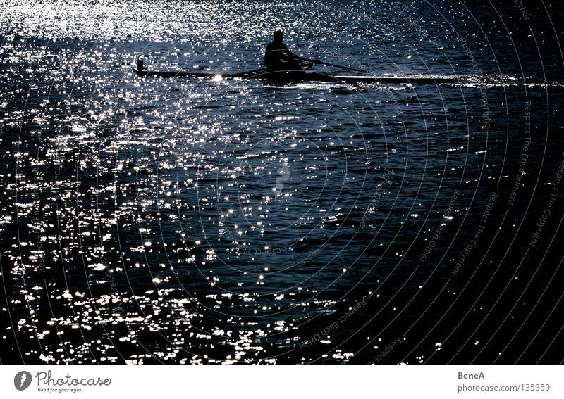 Waterboy Natur blau Wasser weiß grün Sommer Meer Freude Einsamkeit schwarz ruhig dunkel Leben Sport Spielen Freiheit
