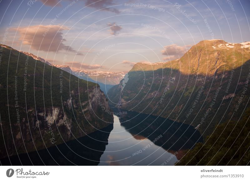 Norwegen VI - Geiranger Himmel Natur Ferien & Urlaub & Reisen schön Sommer Meer Landschaft Wolken Ferne Berge u. Gebirge Umwelt Küste Freiheit Felsen ästhetisch