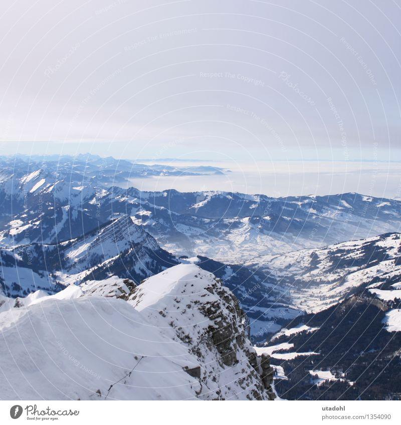 So weit das Auge reicht Winter Schnee Winterurlaub Berge u. Gebirge wandern Natur Landschaft Himmel Wolken Horizont Schönes Wetter Alpen Gipfel