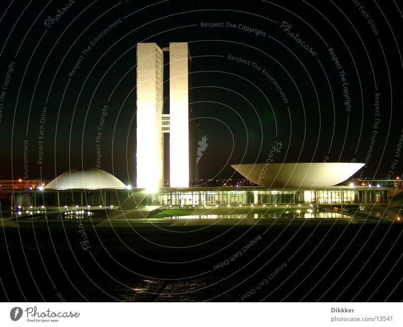 Brasilia, Congresso Nacional Wasser Architektur Glas Brasilien Schalen & Schüsseln Regierung Brasília