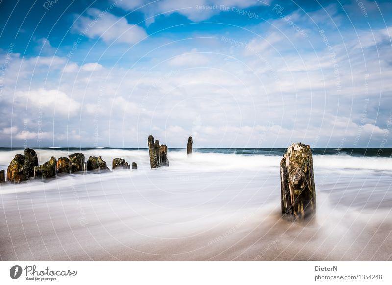 Parallelen Natur Landschaft Urelemente Sand Luft Wasser Himmel Wolken Sonnenlicht Herbst Wetter Schönes Wetter Wind Sturm Wellen Küste Strand Ostsee Meer blau
