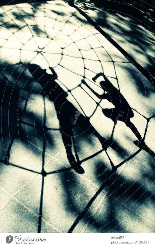 Arachnoids Kind Spinne Spielplatz Kampfsport