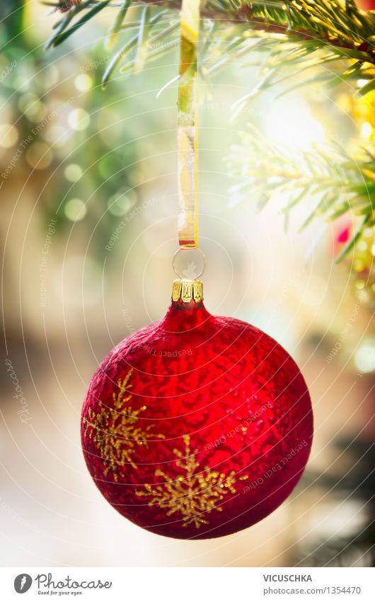 Roter Weihnachtskugel auf dem Weihnachtsbaum Weihnachten & Advent grün rot Winter Stil Hintergrundbild Feste & Feiern Wohnung Design Dekoration & Verzierung Veranstaltung Tradition Weihnachtsbaum Kugel Weihnachtsdekoration Ornament