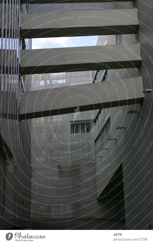 Botschaft Berlin grau Architektur Beton Information Niederlande