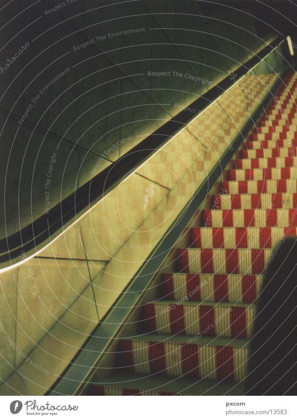LE.MESSE.08 Architektur Rolltreppe
