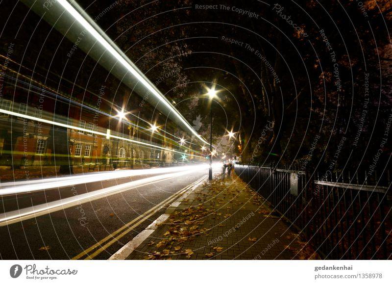 move on High-Tech Stadt Linie Geschwindigkeit mehrfarbig Verkehr Langzeitbelichtung Straße Laub Bewegung Lichtspuren Farbfoto Außenaufnahme Nacht Kunstlicht