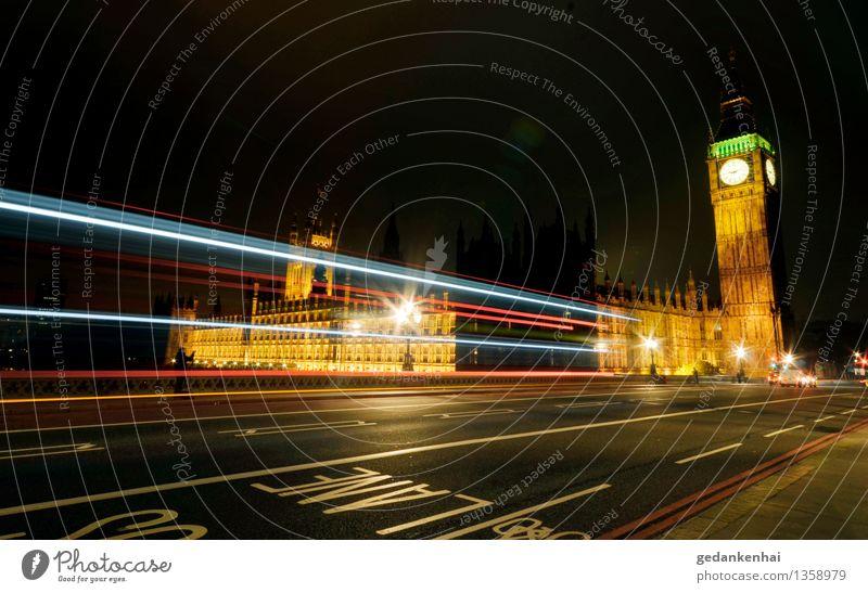 London Calling Stadt Hauptstadt Sehenswürdigkeit Verkehr Autofahren Busfahren Linie Bewegung Fortschritt Freiheit Lane Big Ben England Lichtstreifen