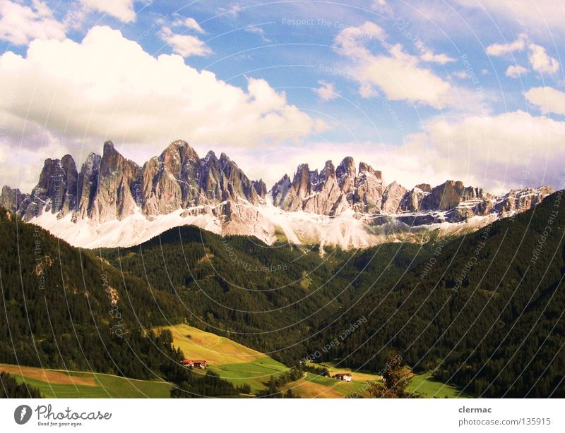 dolomiten geislerspitzen Dolomiten Italien Ferien & Urlaub & Reisen Alm Berge u. Gebirge Freude Felsen Natur villnöß Hütte Himmel
