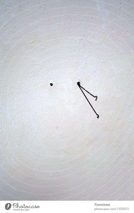 Die Sache hat einen Haken. Dänemark Mauer Wand Ösenschraube Metall Linie ästhetisch einfach grün schwarz weiß ruhig Schatten Farbfoto Außenaufnahme Menschenleer