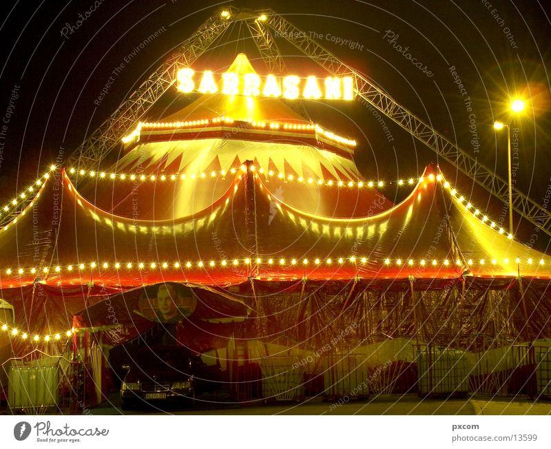 ZRK-Sarrasani Zirkus Nacht Zelt Club Licht