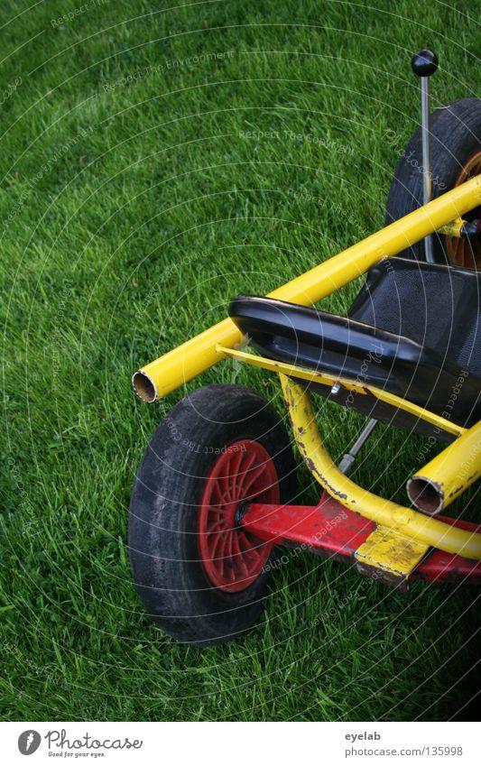 Rennsemmel (2. Runde) Tretroller Wagen Fahrzeug gelb grün rot schwarz Felge Spielzeug fahren Spielen Autorennen Freizeit & Hobby Nachmittag